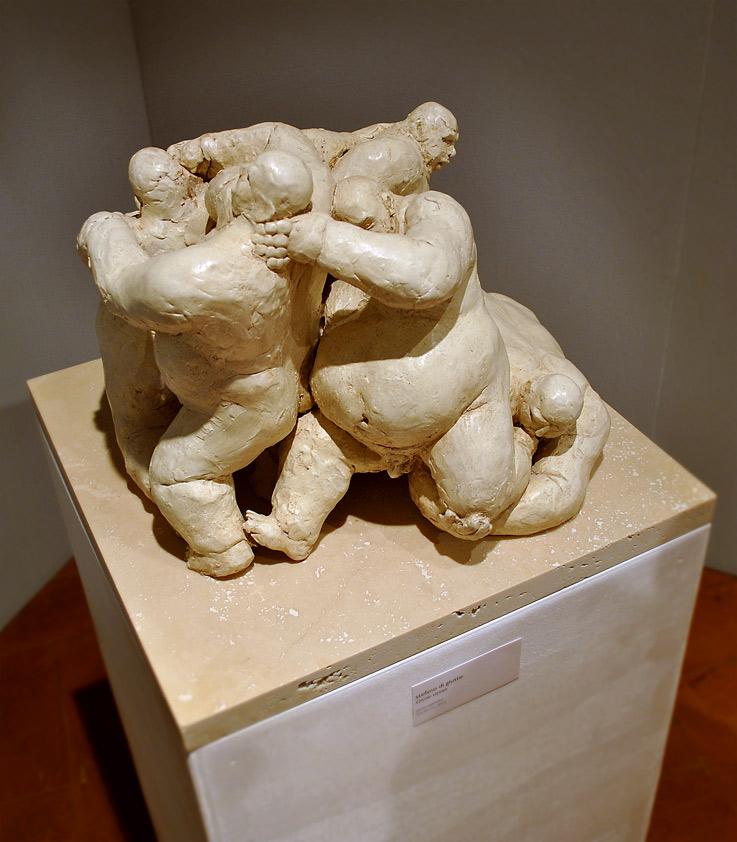 circolo-vizioso-scultura-pietrasanta